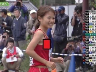 【エロ画像37枚】恥ずかしくてもう学校に行けない。競技中にポロリしちゃった陸上女子まとめw