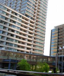Tokyo street mansion