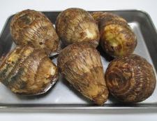 豚こまと里芋のほっこり煮 材料②