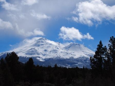 mt shasta from pluto cave 030811-088
