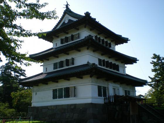 旅 今日も青空 元気いっぱい:弘前城