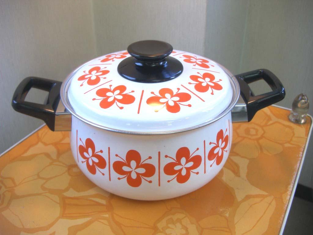 ポプロマの昭和レトロポップ寫真館 レトロポップなホーロー鍋