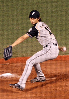 275px-Darvish_20070829_new_20110721104128.png