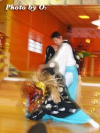 十二の手獅子舞 鹿部稲荷神社