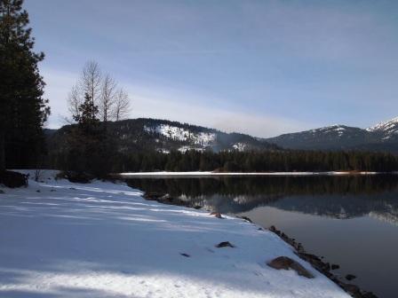 lake siskiyou P1313585