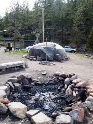 sweat lodge 042511-014