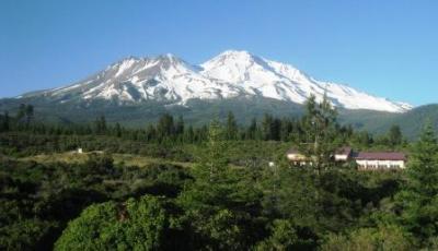 Mt Shasta 20106270635