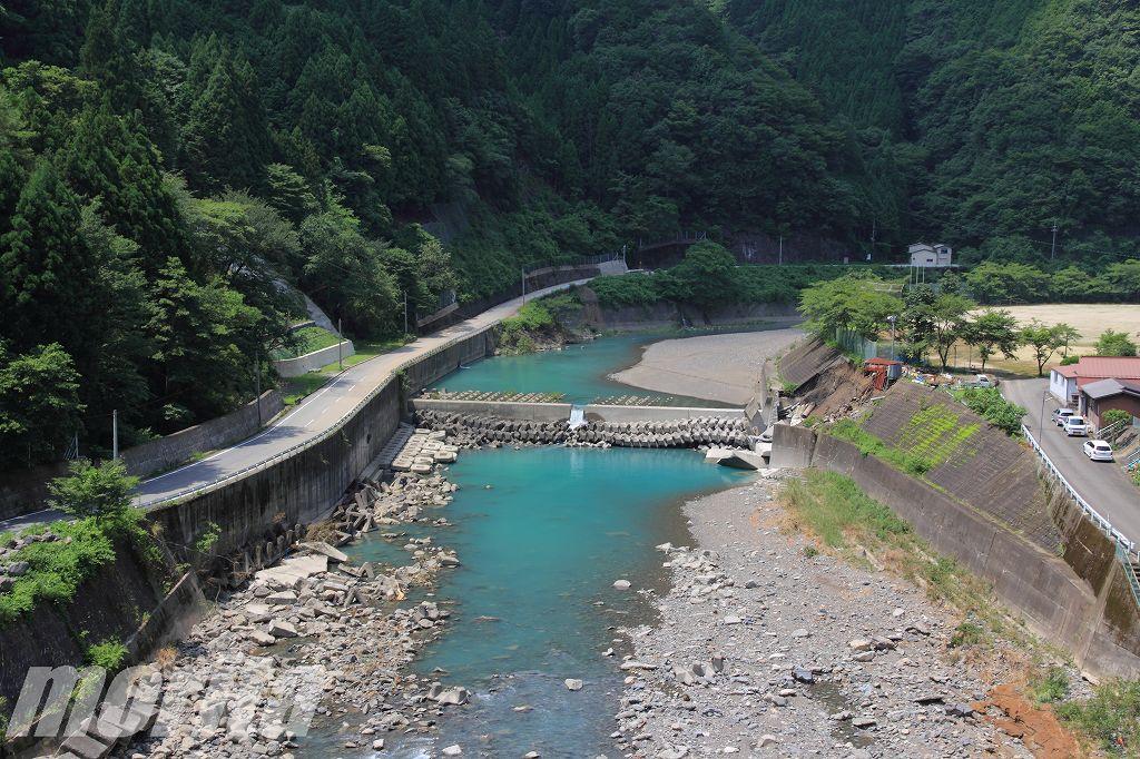 奈良県 谷瀬の吊り橋 清水橋 阪本橋 - しょうもないブログ