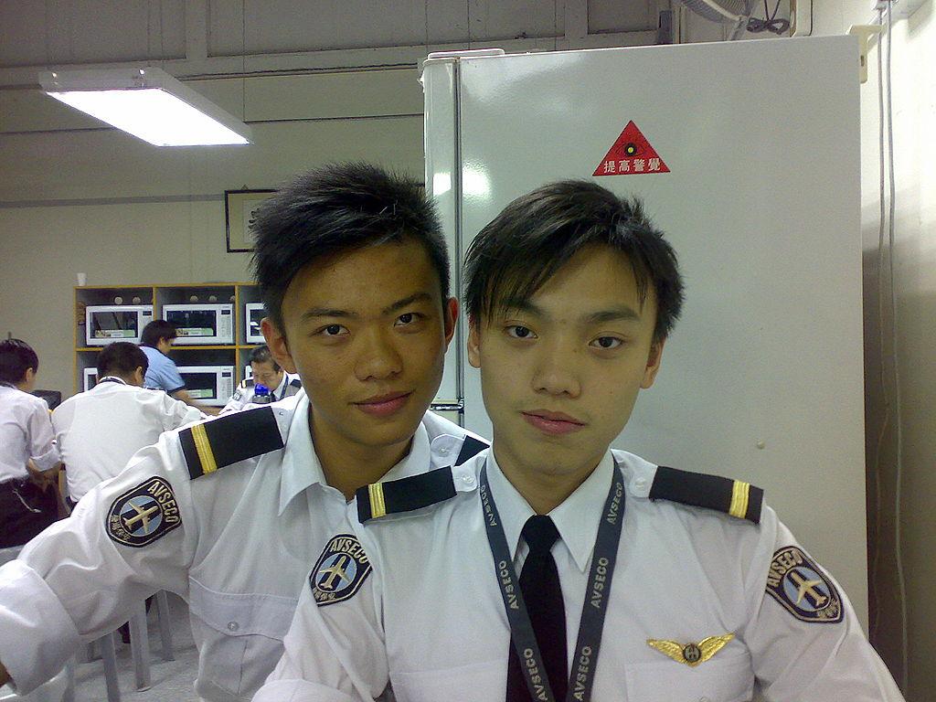 制服 * 美男 ... 保安制服
