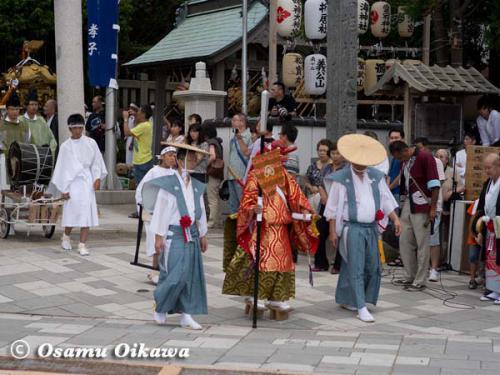 姥神大神宮渡御祭 2012 下町巡幸 神社行列出発