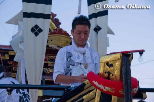 姥神大神宮渡御祭 2012 上町巡幸 船山車の夜の準備