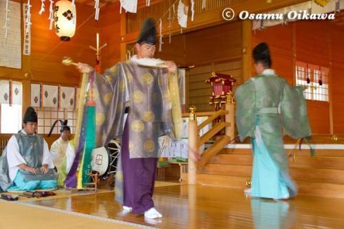 鹿部稲荷神社宵宮祭 2012 松前神楽 利生舞