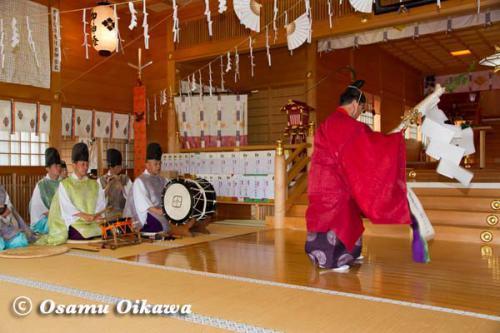 松前神楽 榊舞