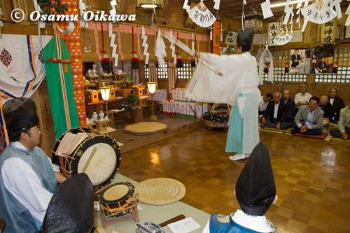 白符大神宮本祭 2012 松前神楽 祝詞舞