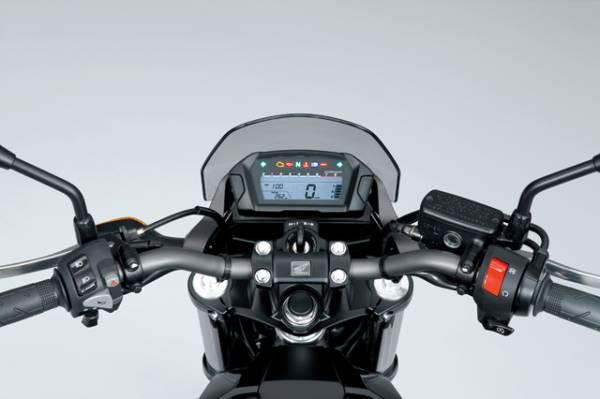 【二輪車】ホンダ、快適な走行と燃費性能に優れた大型ネイキッドモデル「NC700S」発表 24日に発売 価格は59 ...