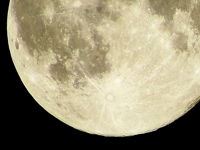 moon534.jpg