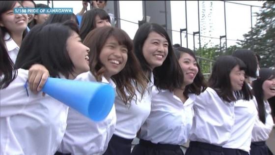 高校球児を応援する女子校生チアガールのおっぱいと腋キャプ 画像30枚 1