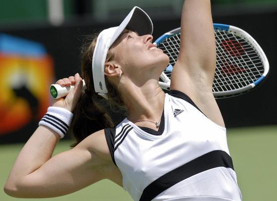 女子テニスプレイヤーの乳首ポチや乳首透けなお宝 1