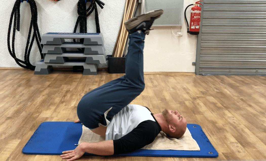 Exercice abdominaux le relevé de jambes