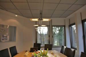 Besprechungs Tisch Leuchte (4)