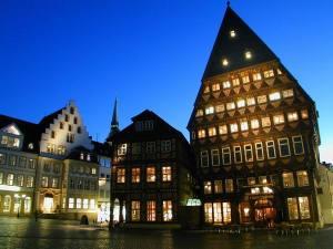 Beleuchtung Marktplatz Hildesheim (8)