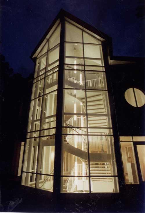 lichtrohre im treppenauge des rathaus lindern lichtgestaltung. Black Bedroom Furniture Sets. Home Design Ideas