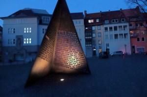 Beleuchtung Winner Skulptur (4)