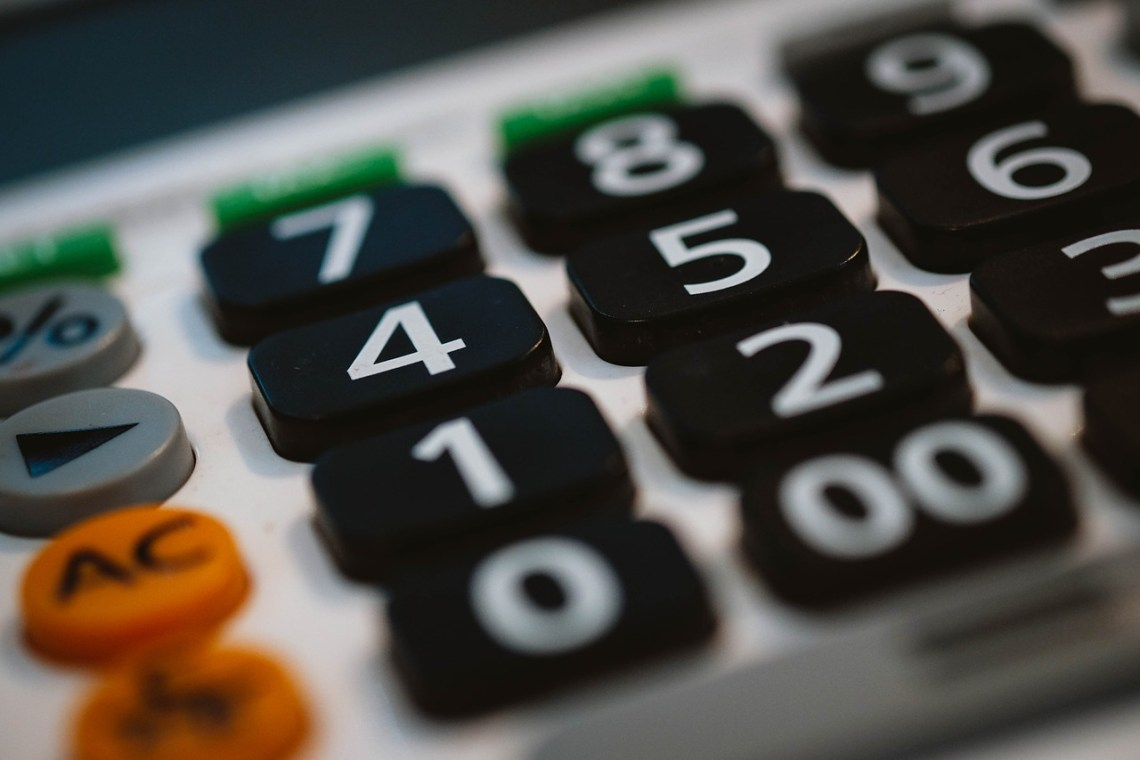 calculator-820330_1280(3)