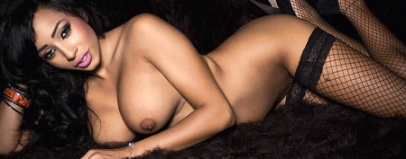 rochelle gets completely nude at babestation