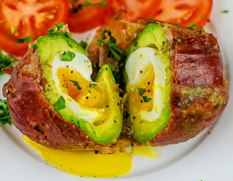 Prosciutto-Wrapped-Avocado-Egg744.jpg