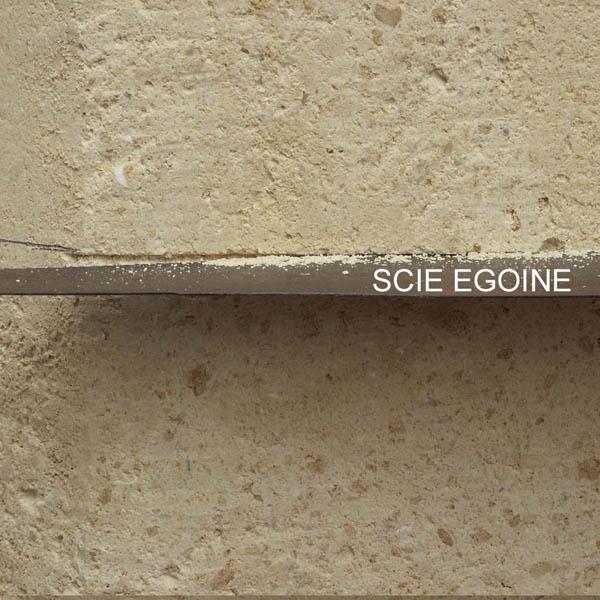 Restaurer les pierres de taille abim es for Reparer crepi exterieur