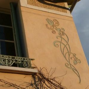Sgraffito Art Nouveau