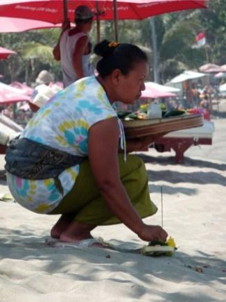 Sur la plage de Legian, à Bali.