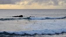 Fin de journée avec du surf au village.