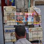 Journaux à vendre.