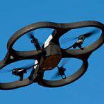 Vidéo – Ce drone incroyable s'accroche aux murs et au plafond