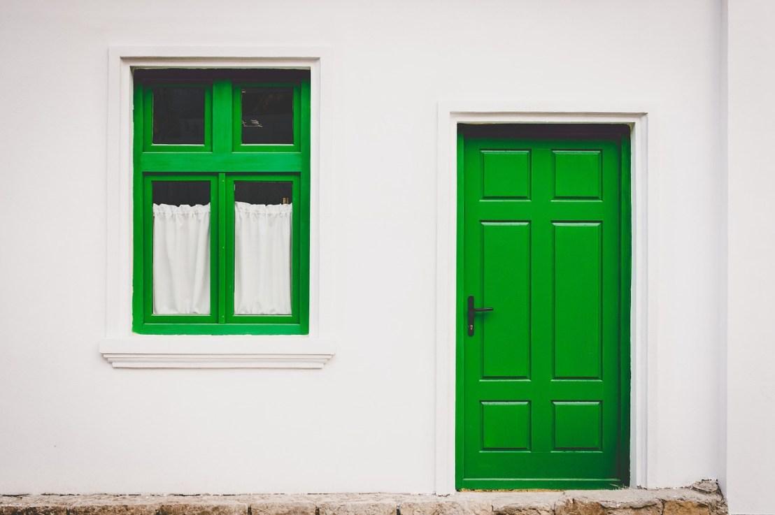 Comment isoler une porte ?