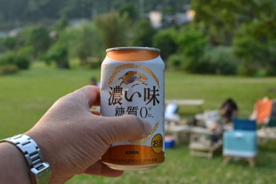 キャンプ ビール