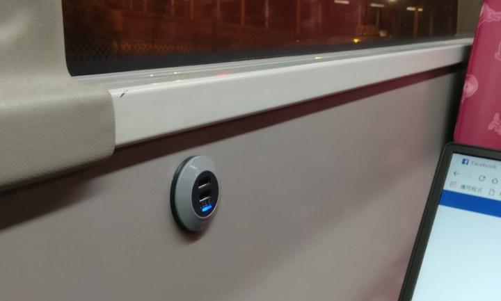 [評測] 九巴翻新巴士內裝:提供免費 WiFi 及 USB 頭充電 7