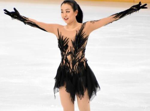 浅田真央が現役引退「フィギュアスケート選手として終える決断を致しました」