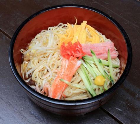 藤井聡太四段が昼食で注文した、みろく庵の冷やし中華(大)