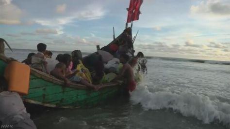 ロヒンギャ数千人が越境避難 船の転覆で親子が犠牲に