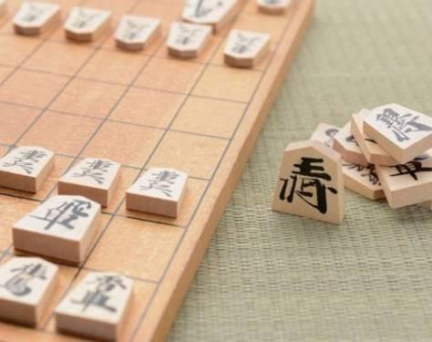 将棋同様日本の伝統文化である年賀状のよさを全国の皆様にお伝えできるようはりきっています。