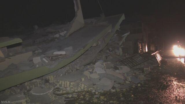 イランとイラクの山岳地帯で地震 350人以上死亡