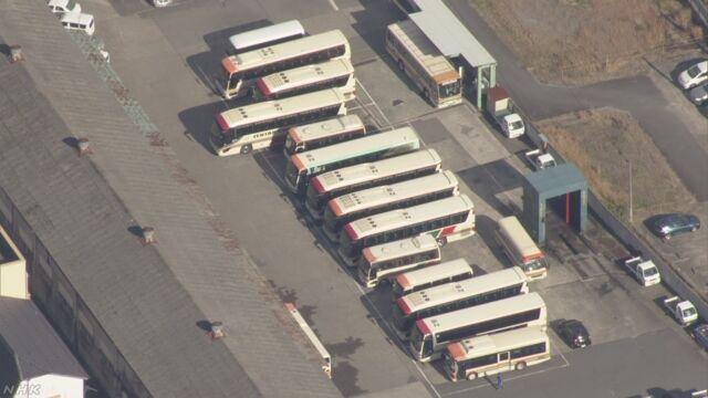 バスが高速道で560mバック 通り過ぎたICに戻る 兵庫 | NHKニュース