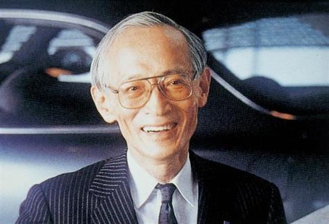 ロータリーエンジンを開発した元マツダ社長の山本健一氏
