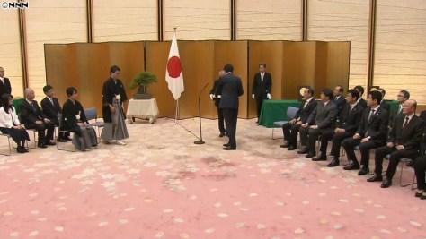 羽生氏、井山氏に国民栄誉賞授与 記念品も