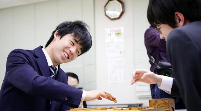 藤井六段全勝でC級1組に昇級 初参加で史上6人目 – 社会 : 日刊スポーツ