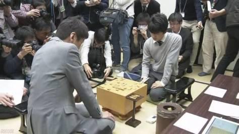 将棋 藤井六段 師匠との初対局で勝利