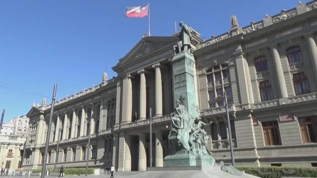 仏 日本人留学生行方不明 元交際相手の出国禁止を解除 | NHKニュース